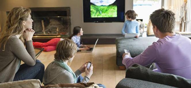 FamilyWall, un réseau social sécurisé pour échanger en famille ou entre amis