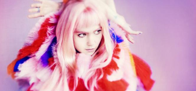 Grimes, une synth pop aérienne complètement psychédélique.