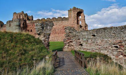 Rencontre avec les fantômes de Tantallon Castle !